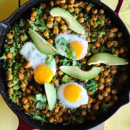 Skillet Chickpeas & Broccoli Rice