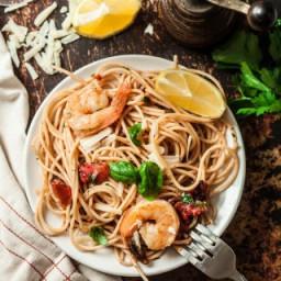 Skillet Shrimp Scampi Pasta
