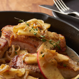 Skillet Smothered Pork Chops with Apples and Onions