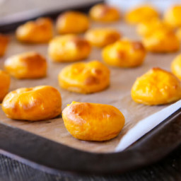 skinnymixer's Cheesy Pumpkin Puffs