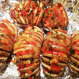 sliced-baked-potatoes-with-pepper-a-6.jpg