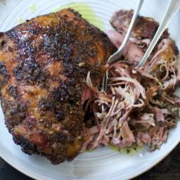 Slow-barbecued Lamb Shoulder