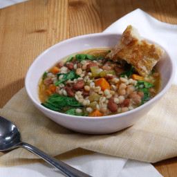 Slow Cooker Bean and Barley Stew