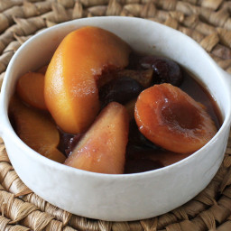 Slow Cooker Fruit Compote With Cinnamon