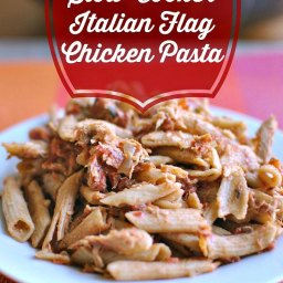Slow Cooker Italian Flag Chicken Pasta