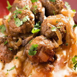 Slow Cooker Meatballs & Gravy