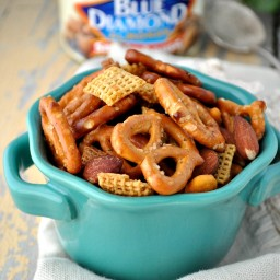 Slow Cooker Mesquite Smokehouse Snack Mix