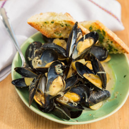Slow-Cooker Mussels with a Creamy Wheat Beer and German Mustard Sauce