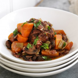 Slow-cooker oxtail stew