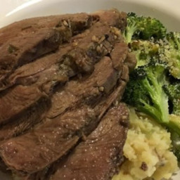 Slow Cooker Roasted Leg of Lamb Recipe