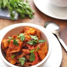 Slow cooker sweet potato and black bean goulash