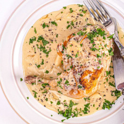 Slow-Cooker White Wine Chicken With Garlic and Tarragon