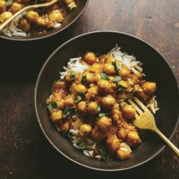 Slow Cooked Curried Chickpeas