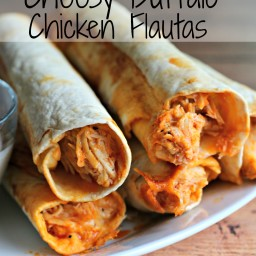 Slow Cooker Cheesy Buffalo Chicken Flautas