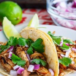 Slow Cooker Chicken Carnitas Tacos