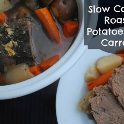 Slow Cooker Roast, Potatoes, and Carrots