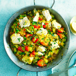 Smoked paprika paella with cod and peas