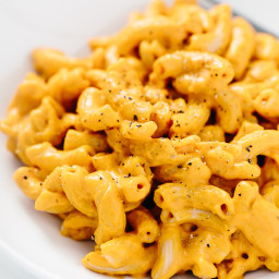 Smoky Vegan Macaroni and Cheese