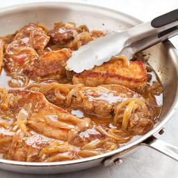 Smothered Boneless Pork Ribs