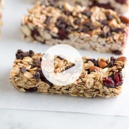Soft and Chewy Granola Bars Recipe