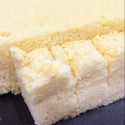 Soft and spongy Japanese cheesecake