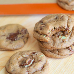 Soft-Baked Andes Mint Chocolate Chunk Cookies