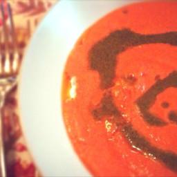 Sopa de tomate y parmesano