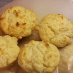 sour-cream-biscuits-5.jpg