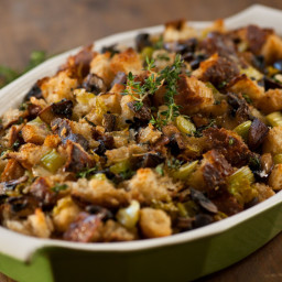 Sourdough Stuffing with Mushrooms and Bacon
