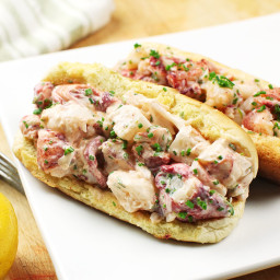Sous Vide Maine-Style Lobster Rolls (With Mayonnaise) Recipe