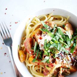 Spaghetti and No-Cook Tomato Sauce