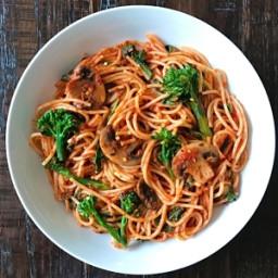 Spaghetti with Broccolini, Spinach and Mushrooms