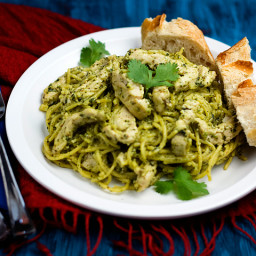 Spaghetti with Chicken and Homemade Pesto Sauce