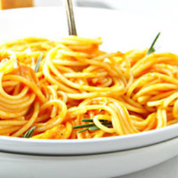 Spaghetti with Creamy Roasted Red Pepper Sauce