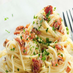 Spaghetti with Parmesan and Bacon