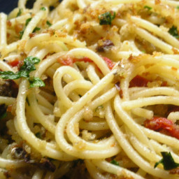 Spaghetti with Sardines and Sun-Dried Tomatoes