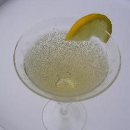Sparkling Elderflower Drink