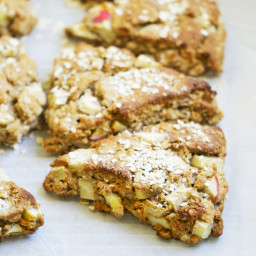 Spiced Apple Oat Scones