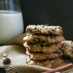 Spiced Brandy Oatmeal Raisin Cookies