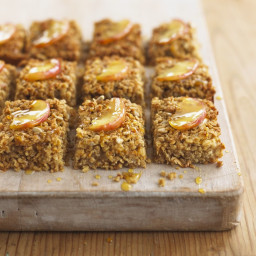 Spiced fruit and oat slices