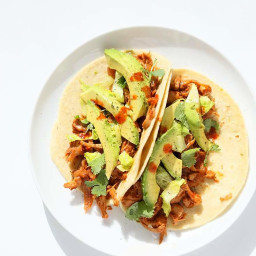 Spicy Chipotle Garlic Jackfruit Tacos