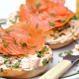 Spicy cream cheese with smoked salmon