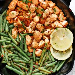 Spicy Green Beans Chicken Skillet