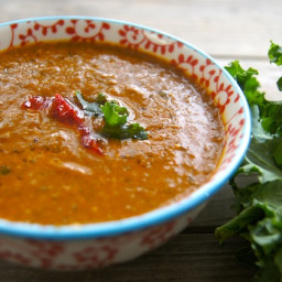 Spicy Kale Soup with Roasted Pepper and Tomato