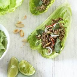 Spicy mince and lettuce cups