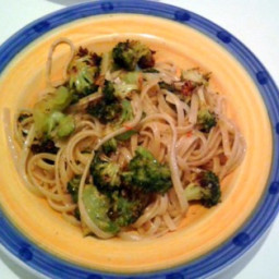 Spicy Pasta with Broccoli, Anchovy, and Garlic Recipe