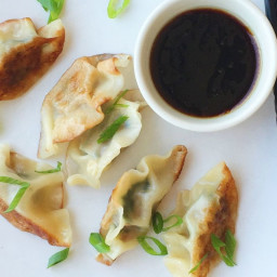 Spicy Pork and Spinach Dumplings with Soy Dipping Sauce