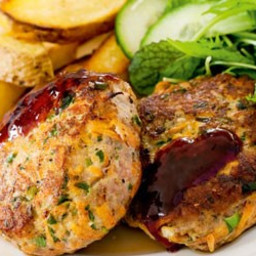 Spicy pork patties with plum sauce