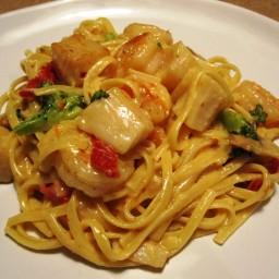 spicy-shrimp-and-scallop-alfredo-4.jpg