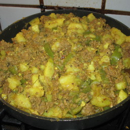 Spicy Turmeric Ground Beef and Potatos